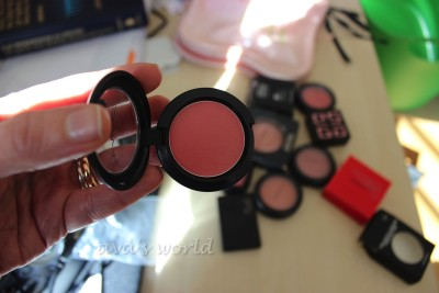 mac red obsessed casual color