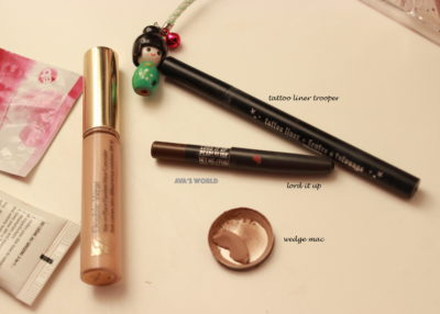 empties-lord-it-up-pearlglide-wedge-tattoo-liner